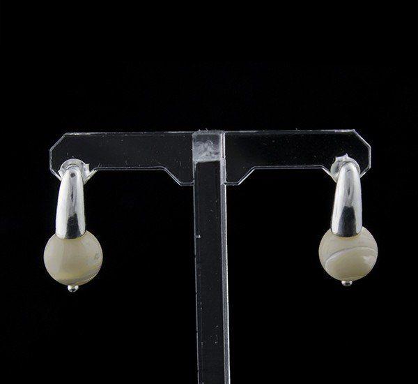 Pendientes en Plata de Ley 925 mls y Nácar natural mod. 210122200 – Bola 10 mm y cierre de presión (mariposa)