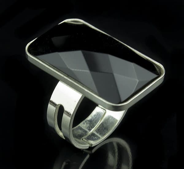 Anillo ajustable en Plata de Ley 925 mls y Ónix natural facetado mod. 250102300