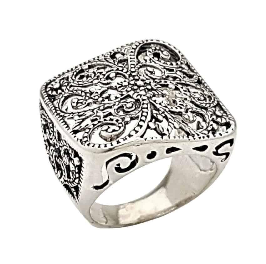 anillo diseño vintage en plata 925