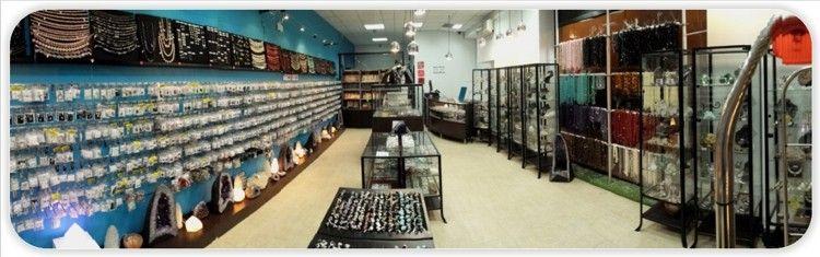 amplio interior de la tienda