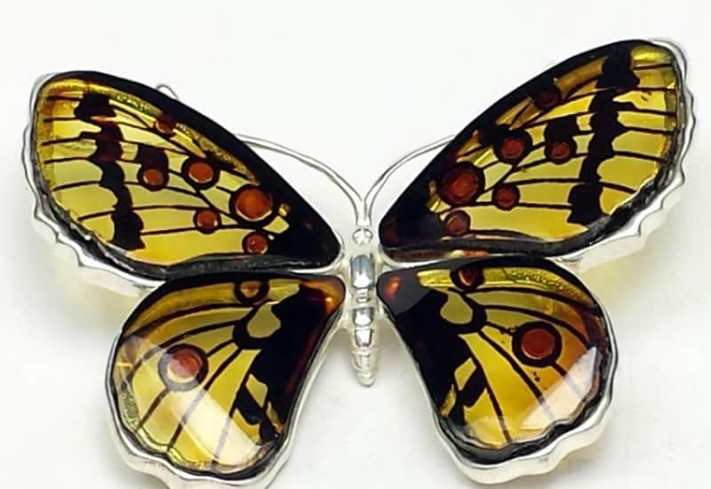 Broche y colgante de Ámbar con forma de mariposa de plata. Pieza exclusiva.