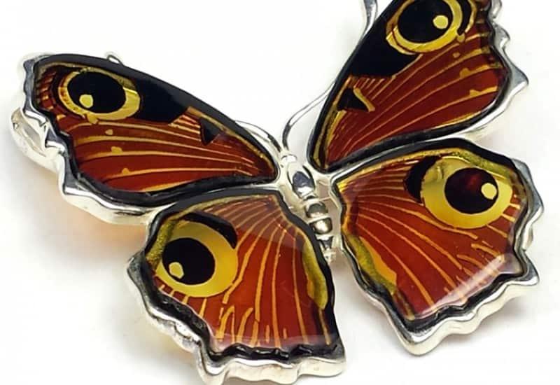 Broche y colgante de Ámbar con forma de gran mariposa de plata