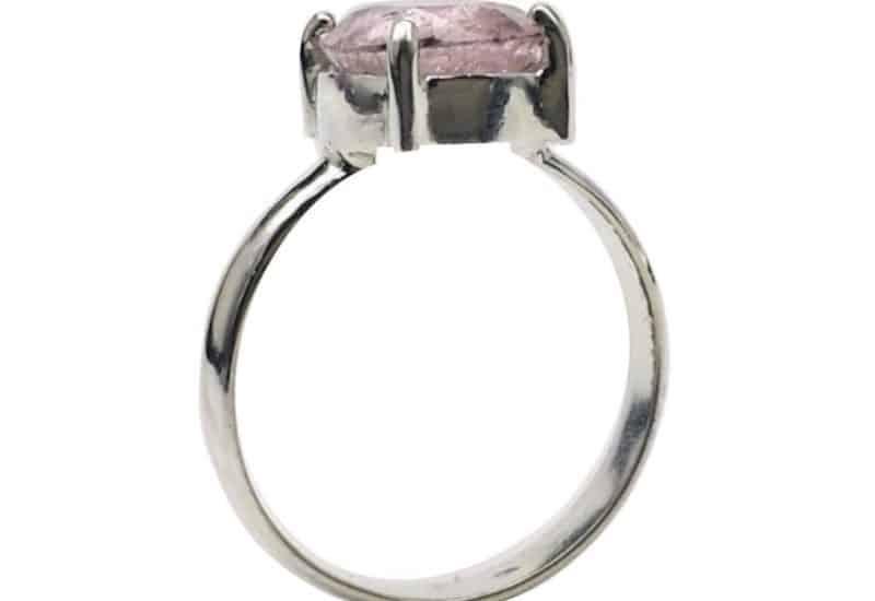 Sencillo anillo de Turmalina rosa de talla 12