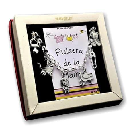 Foto principal de la Pulsera de la mamá realizada en plata 925 tal como se ve en su estuche original