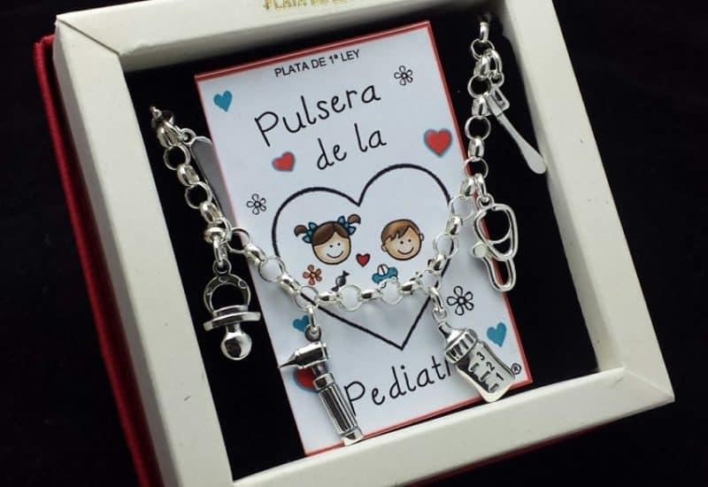Pulsera de la Pediatra fabricada en Plata