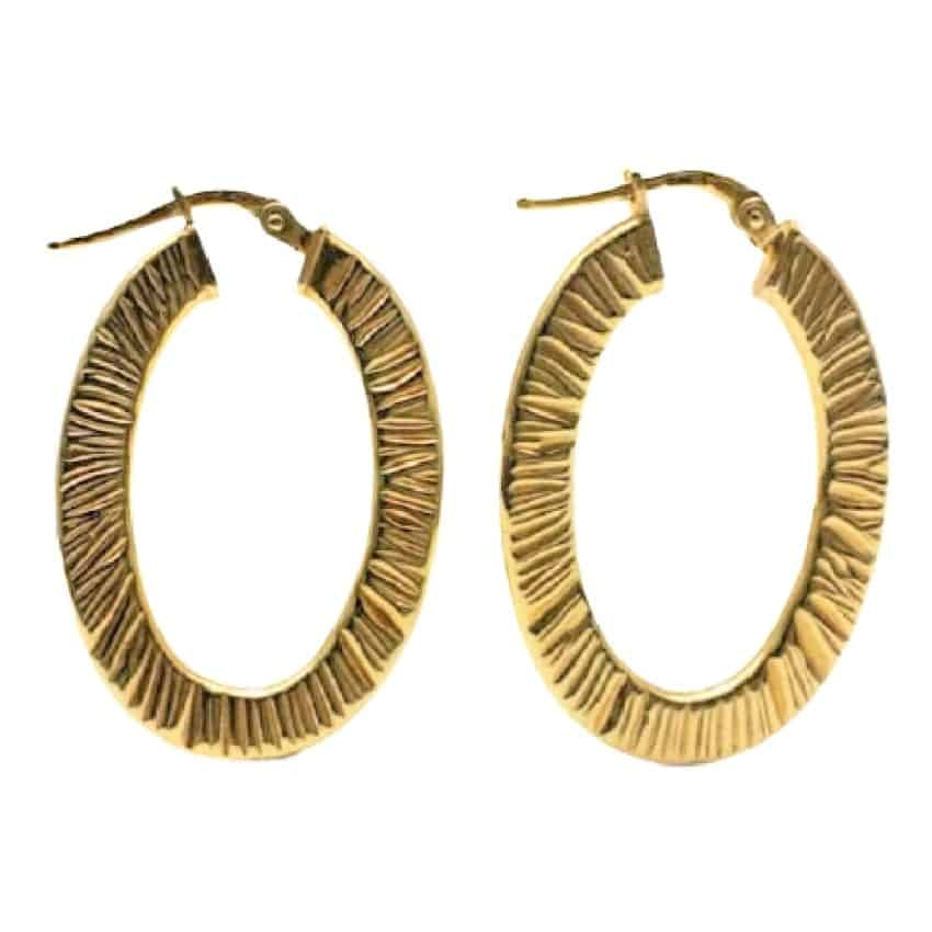 argollas ovales estriadas de plata chapada en oro