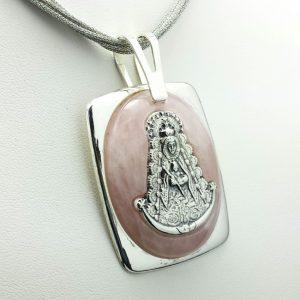 Colgante en Plata de Ley 925 mls y Cuarzo Rosa - Medalla de la Virgen del Rocío