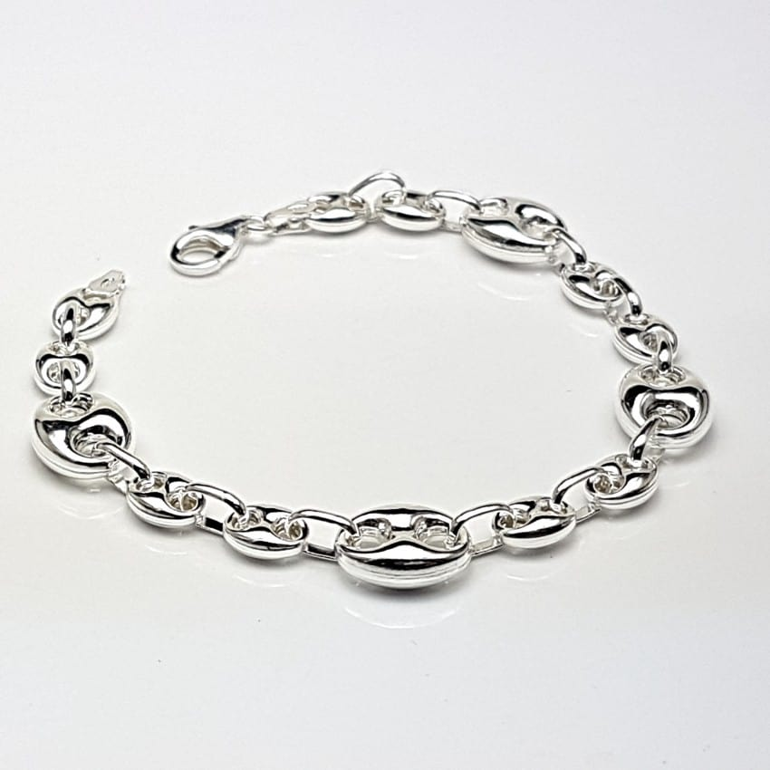pulsera de plata con motivos de calabrotes.