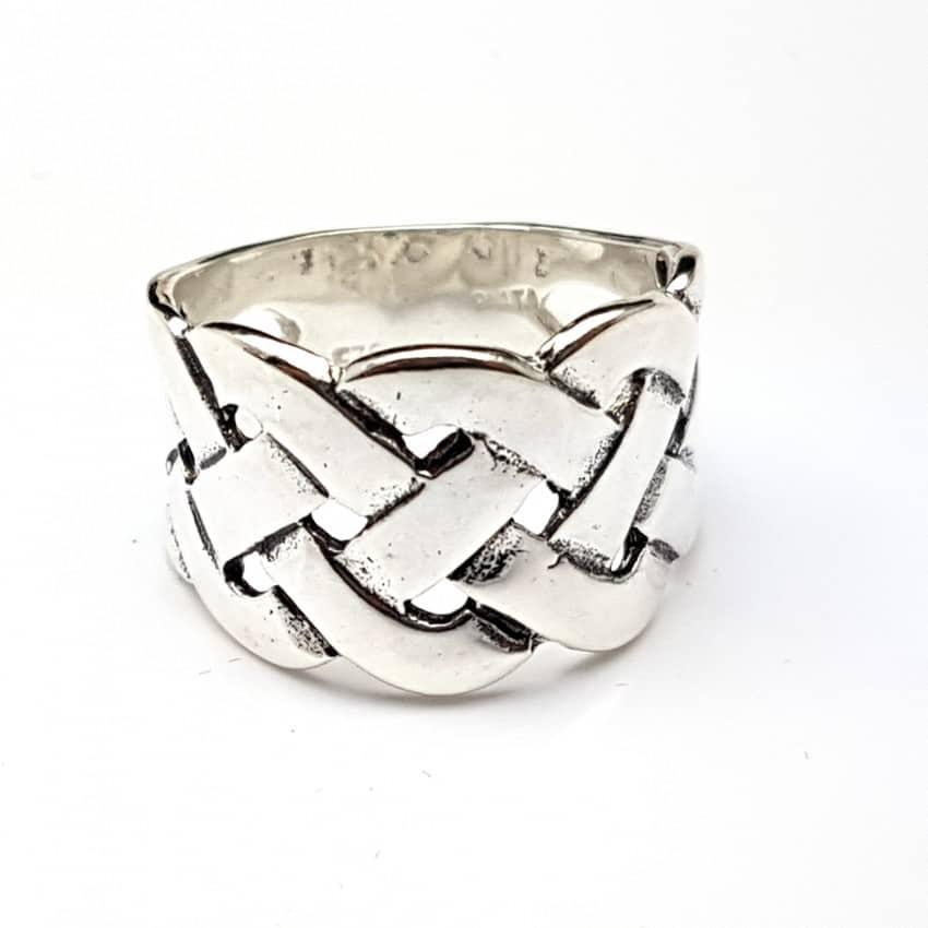 Anillo trenzado en plata