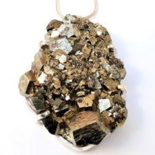 Colgante gigante de pirita cristalizada en plata (4)