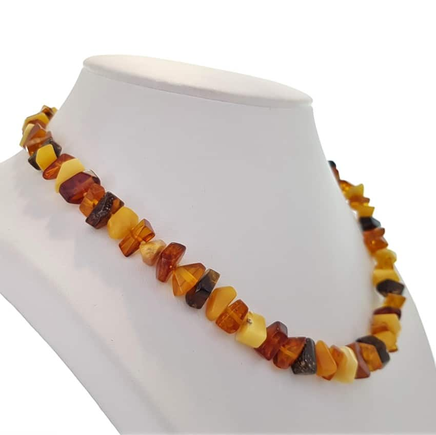 Collar 3 colores de ámbar natural en piedras irregulares (6)