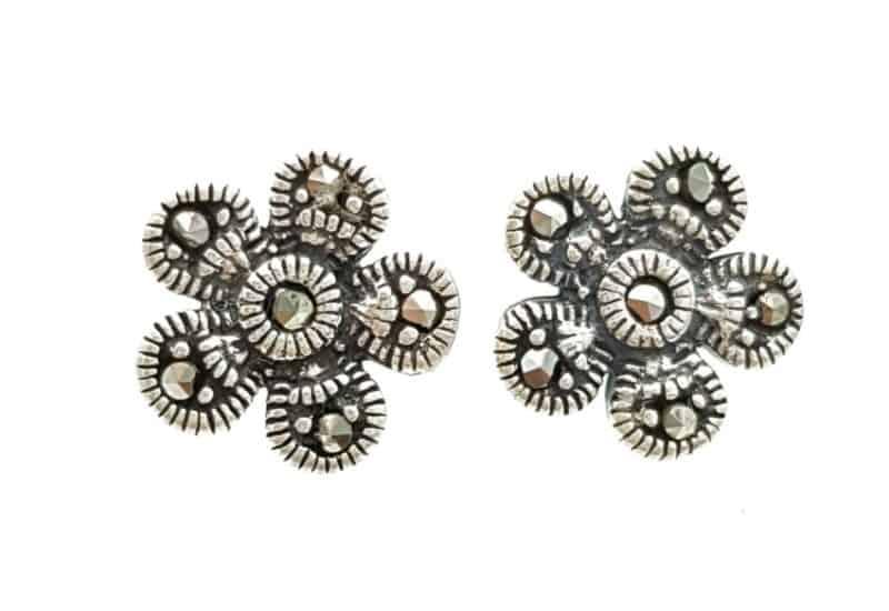 Pendientes flor de marquesitas