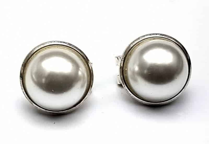 Pendientes en Plata de Ley 925 mls – Perla sintética