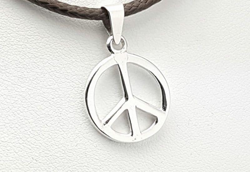 Colgante en Plata de Ley 925 mls – Símbolo de la Paz