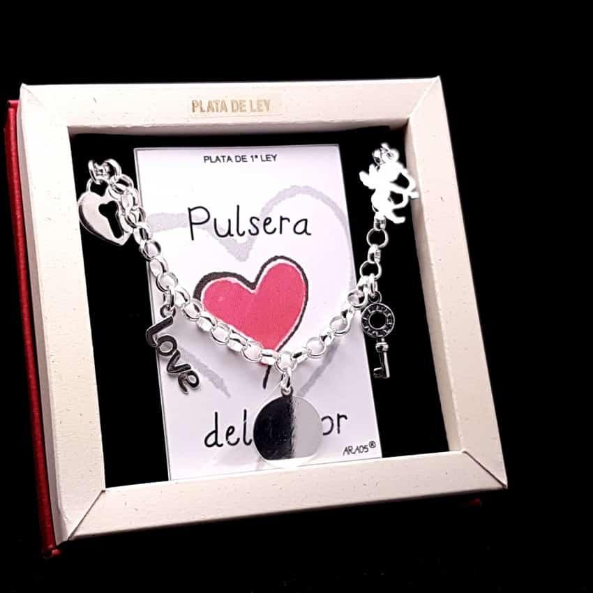 Pulsera del Amor en plata.