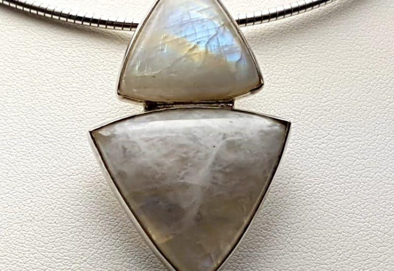 Colgante de plata con Piedra Luna