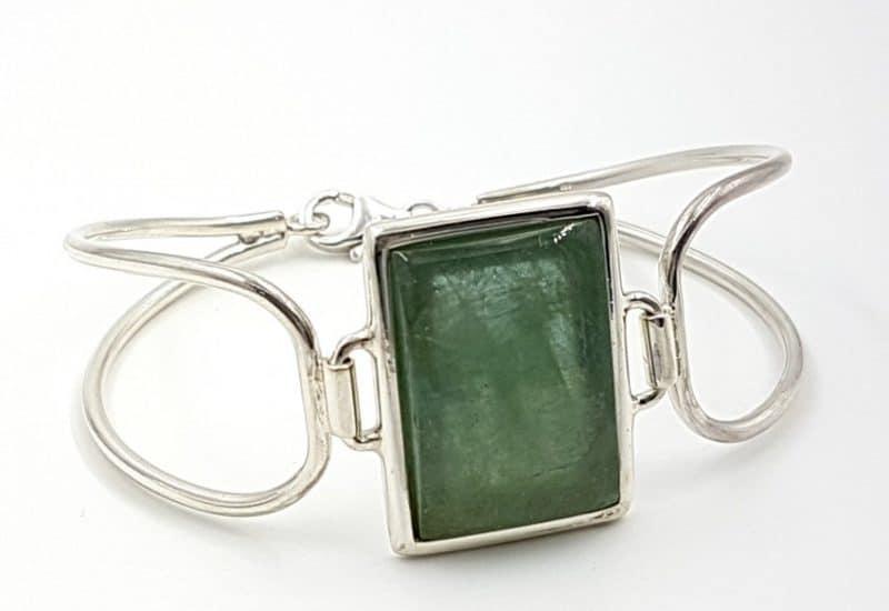 Bonita pulsera de Berilo fabricada en plata de ley