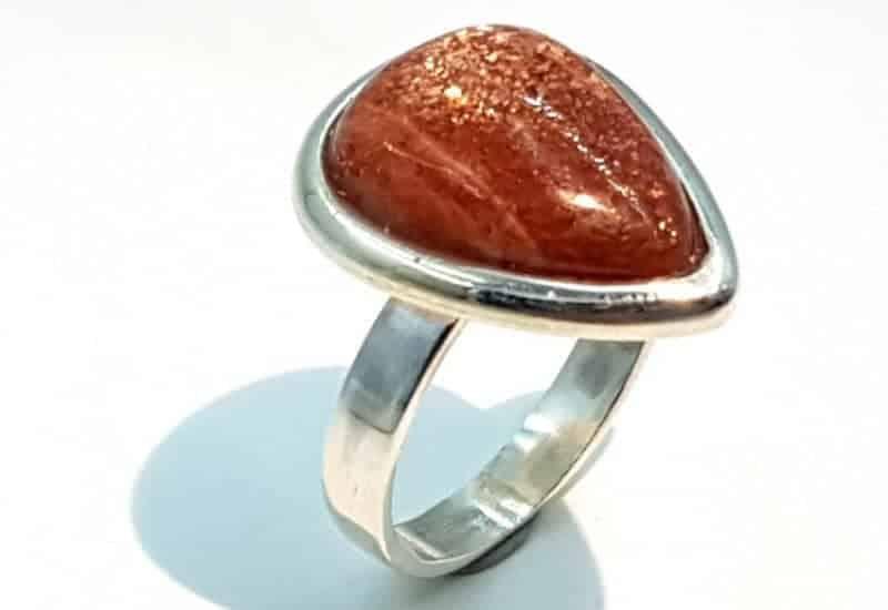 Anillo de Piedra Sol fabricado en plata de ley 925 mls