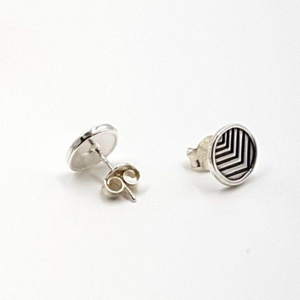 Pendientes con forma circular en plata