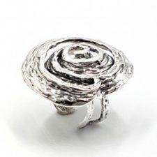Anillo de plata con espiral Koru