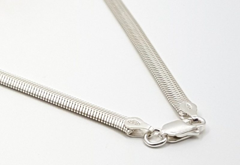 Cadena Serpiente plana fina 45 cm fabricada en plata