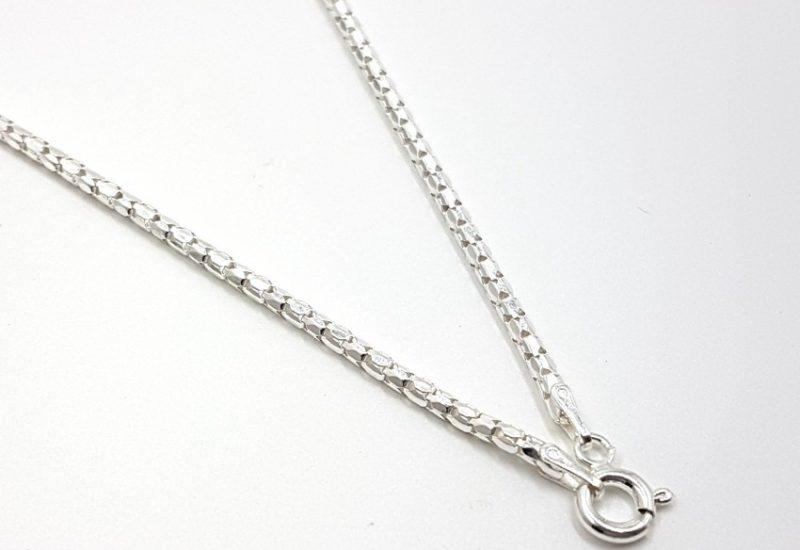 Cadena coreana de 45 cm fabricada en plata