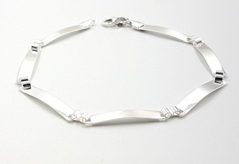 Pulsera de plata de ley 925 mls- 20.5 cm- Chapitas planas, ancho 4 mm