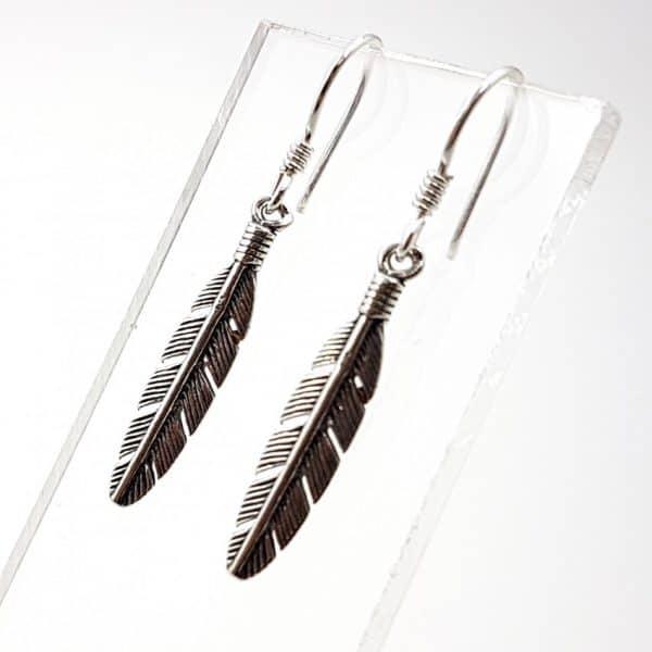 Pendientes con plumas en plata