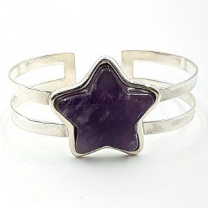 Pulsera de cuarzo amatista con forma de estrella fabricada en plata