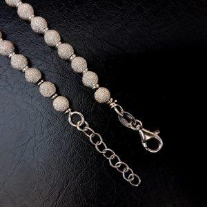 cadena bolas diamantadas