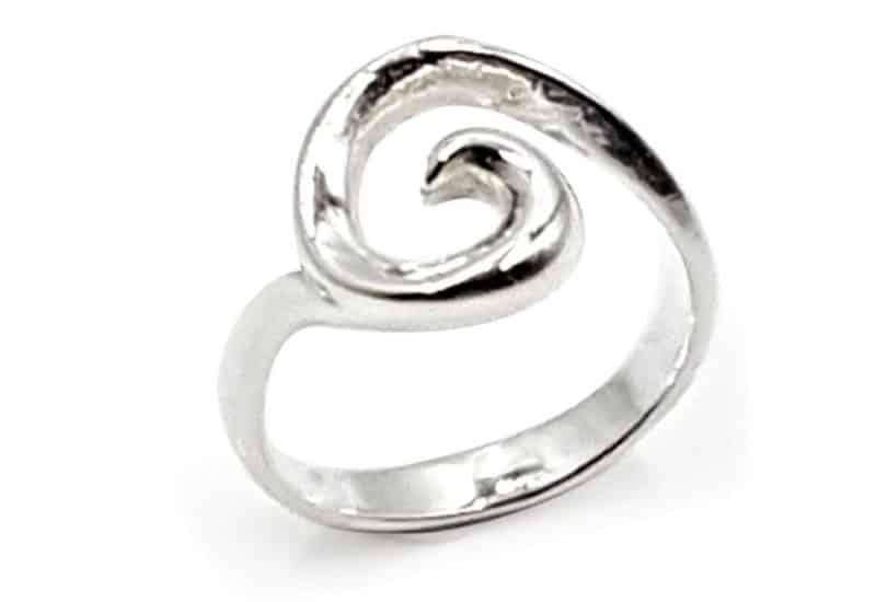 Anillo fabricado en Plata de Ley – espiral Koru