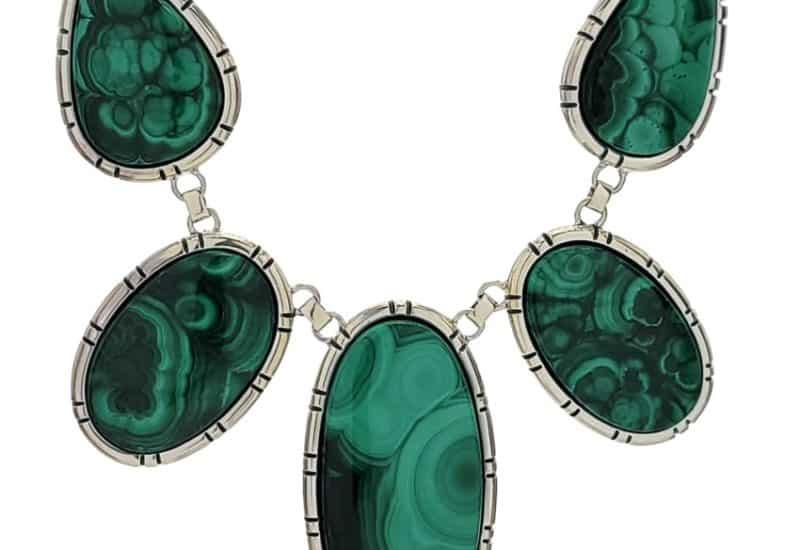 Exclusivo collar de Malaquita de cinco piedras realizado en plata 925