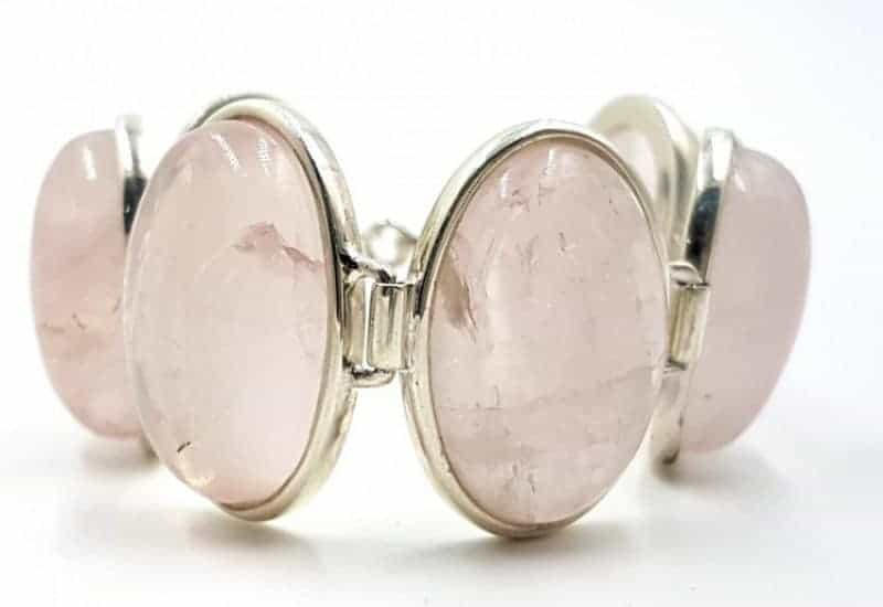 Pulsera con cabujones de Cuarzo Rosa fabricada en plata de ley 925 mls