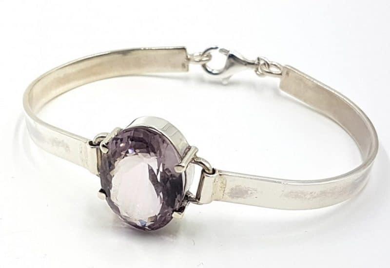 Delicada pulsera de Cuarzo Amatista facetado fabricada en plata de ley