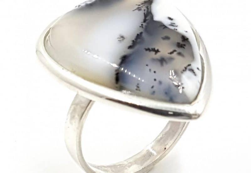 Anillo de ópalo dendrítico fabricado en plata de ley- Gota