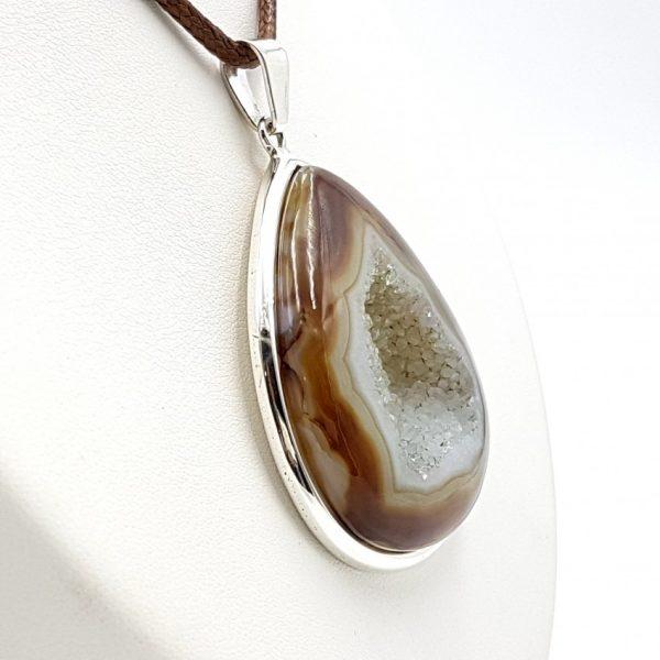 Colgante de ágata en plata, forma de gota