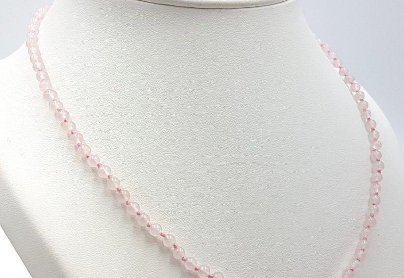 Collar de Cuarzo Rosa y cierre de plata – bolas pequeñas 4 mm