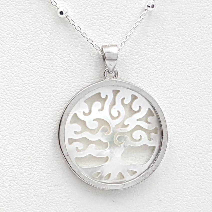 Colgante árbol de la vida en plata y nácar