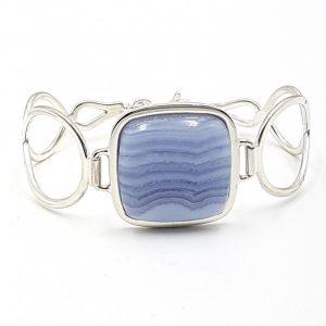 Pulsera de Calcedonia Azul fabricada en plata de ley - cabujón rectangular