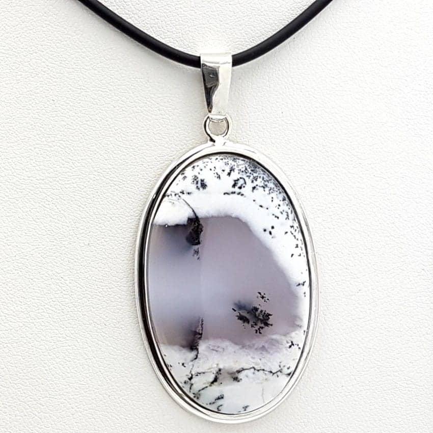 Colgante ópalo dendrítico en plata, forma oval