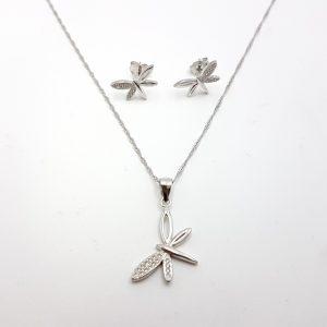 Conjunto de pendientes y gargantilla en plata, libélula