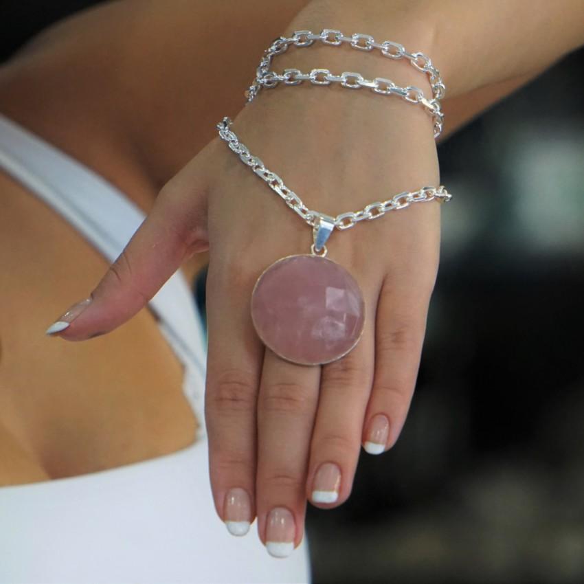 Espectacular colgante de piedra de cuarzo rosa