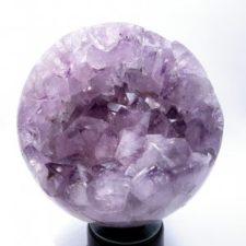 Esfera con geoda de amatista