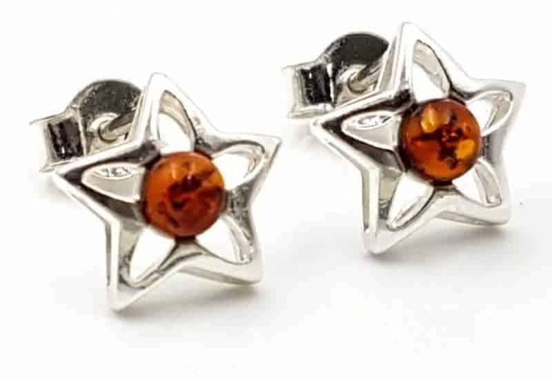Pendientes estrella fabricados en plata con Ámbar