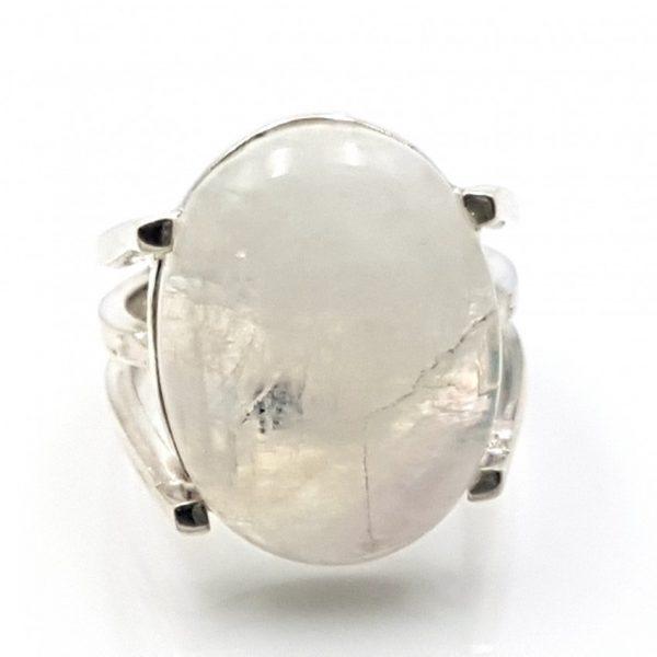 Anillo con piedra luna en plata