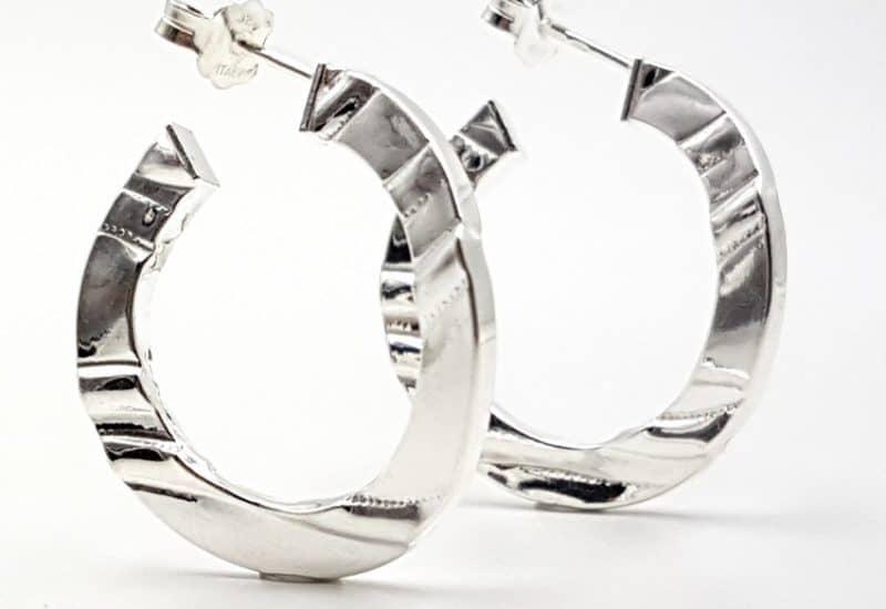 Argollas planas fabricadas en Plata