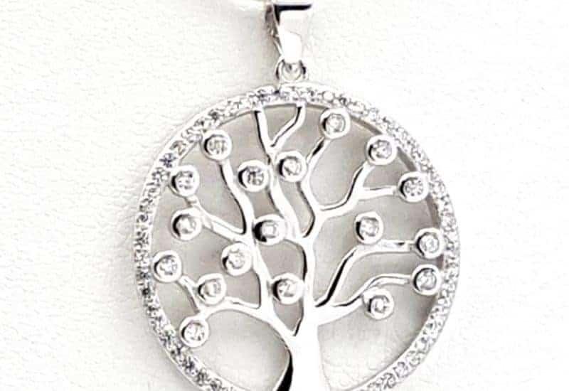 Colgante del Árbol de la vida fabricado en plata con circonitas