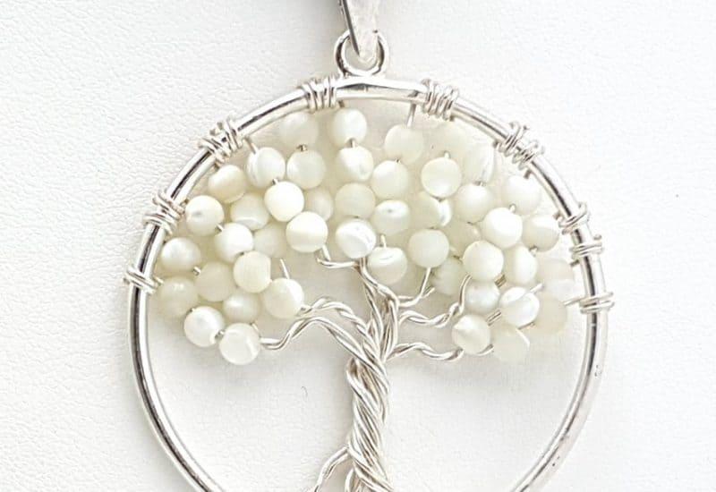 Colgante Árbol de la vida en plata de ley con bolas de nácar