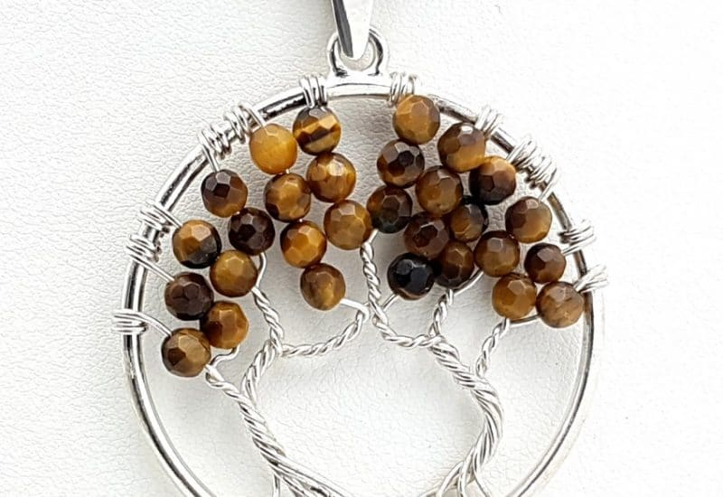 Colgante Árbol de la vida en plata de ley con bolas facetadas de ojo de tigre