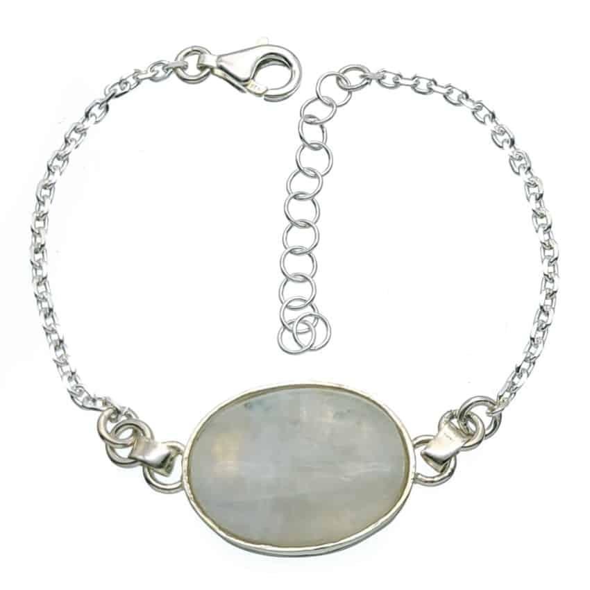 Pulsera de plata con piedra luna central
